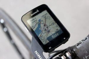 GPS de vélo pour s'orienter et suivre ses performances en temps réel