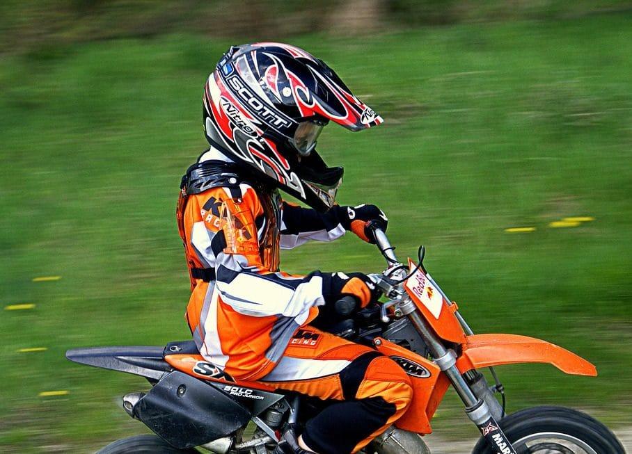 Casque de moto cross pour enfant